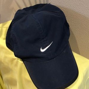 NIKE DRY FIT RUNNING HAT